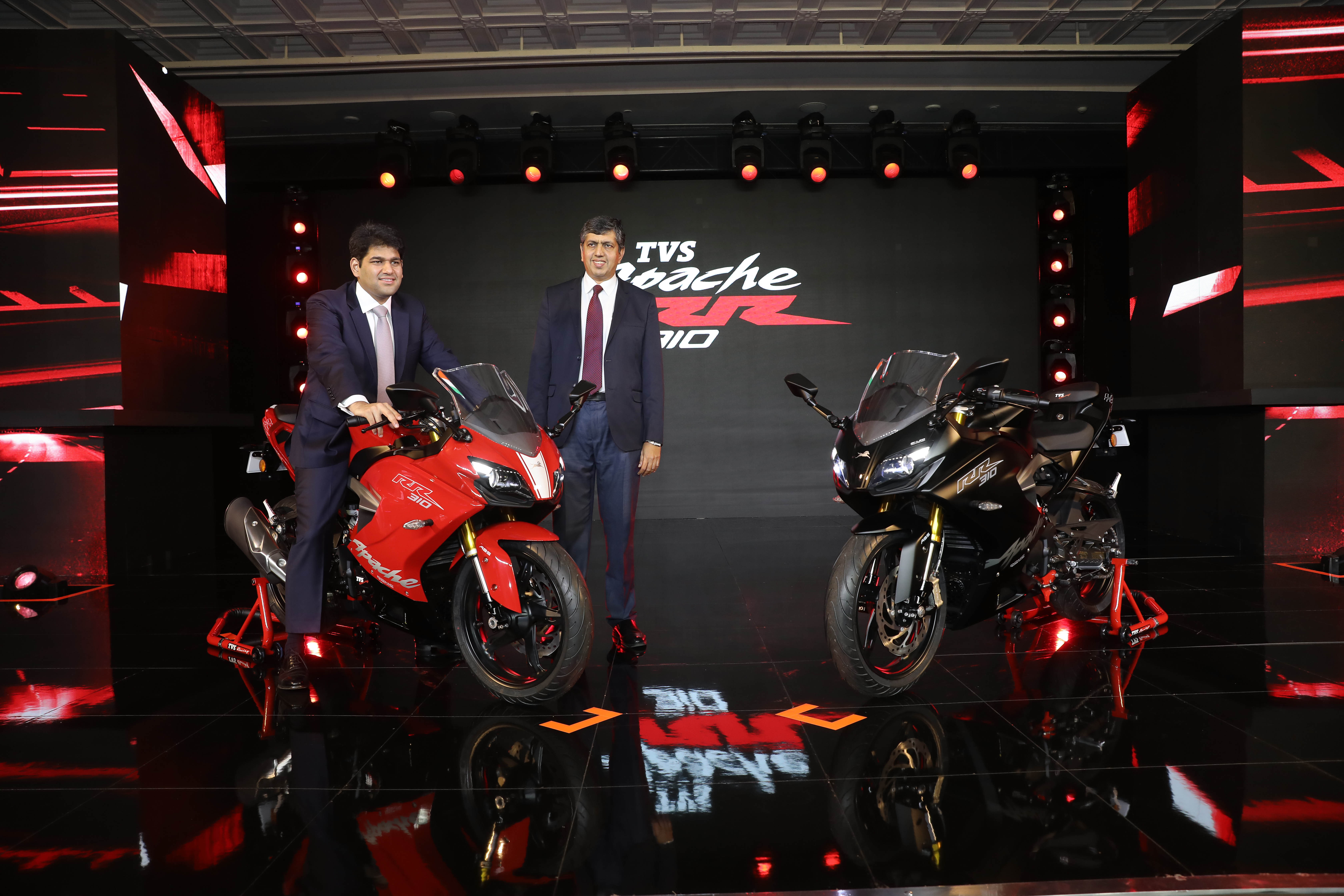 Photo of The TVS Akula concept that we had been waiting for, is here christened as TVS Apache RR310