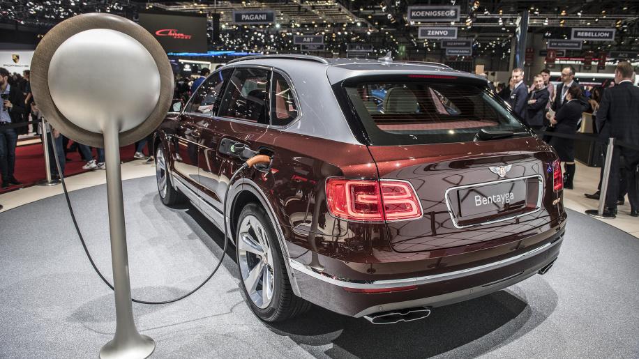 Photo of The Bentley Bentayga Hybrid is here