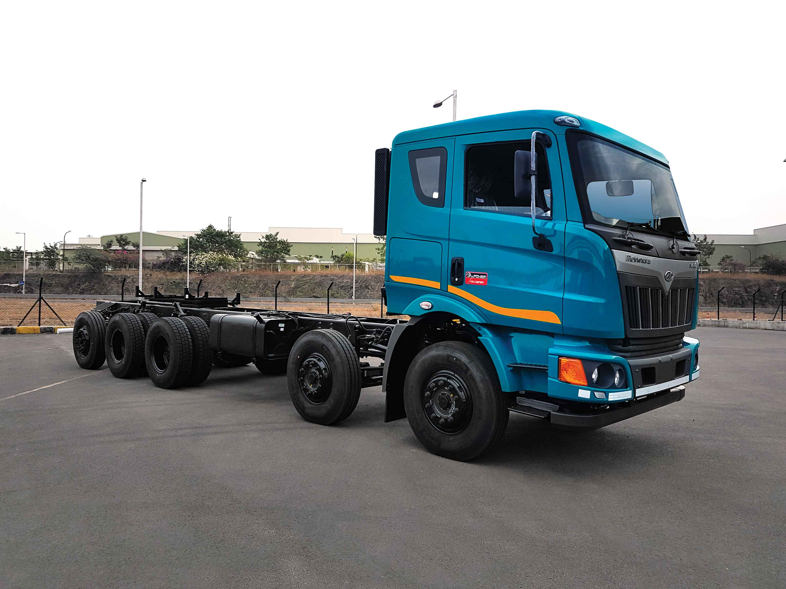 Photo of Mahindra introduces a set of industry first service offerings for its BLAZO HCV truck customers