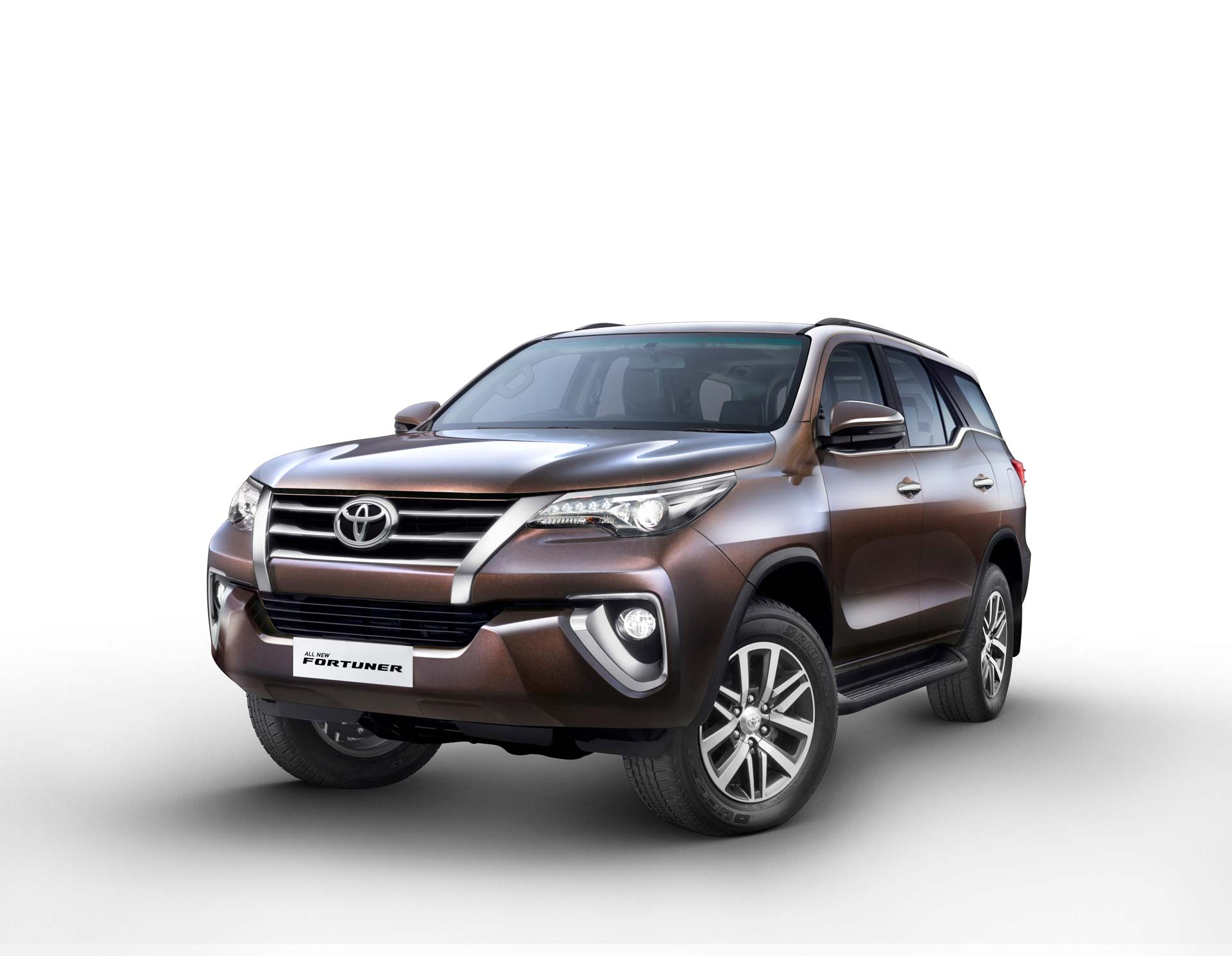 Photo of Toyota Fortuner and Innova hit record sales in December '18