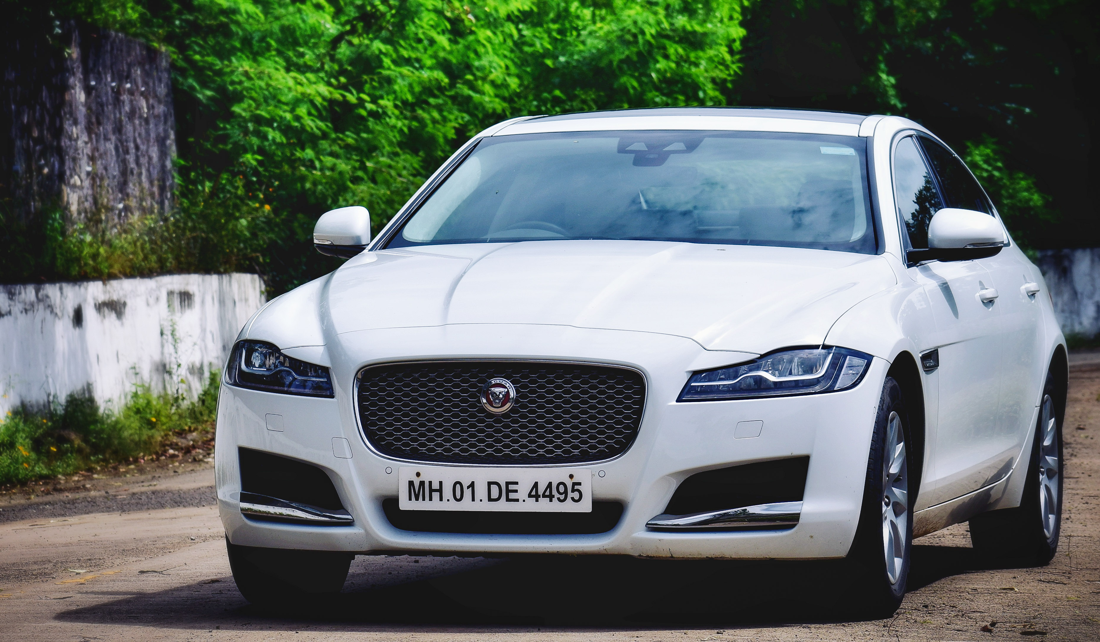 Photo of Jaguar XF 20T Prestige Review: Ageing Well