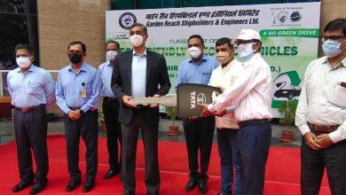 Photo of Tata Motors delivers 14 XPRES T EVs in Kolkata